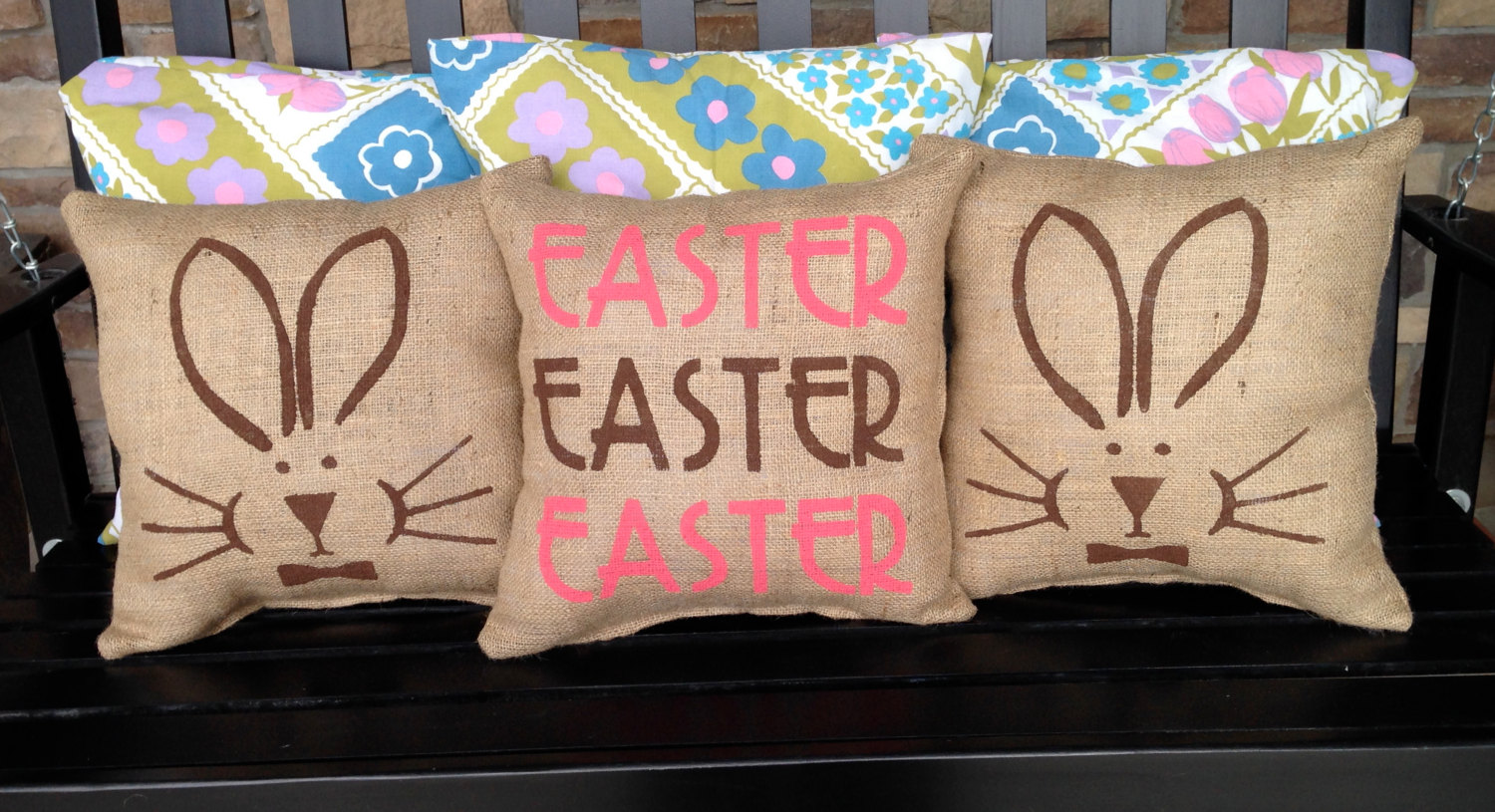 Decorative Pillows For Easter : 19 Beautiful Decorative Easter Pillows