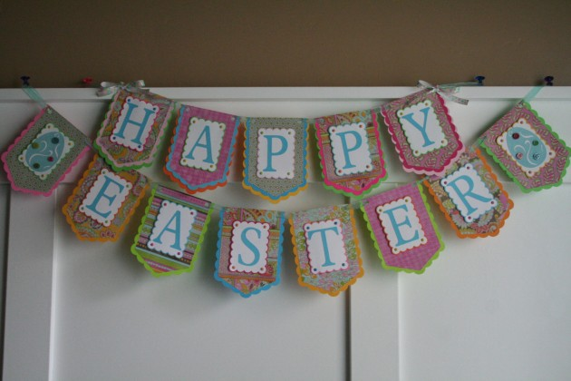20 Festive Handmade Easter Banner and Garland Decorations