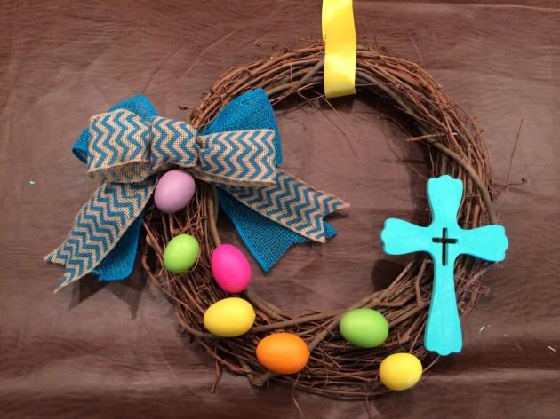 21 Colorful Handmade Easter Wreath Designs