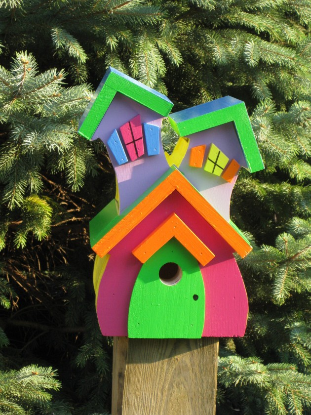 21 cute bird houses handmade from wood for Different types of birdhouses