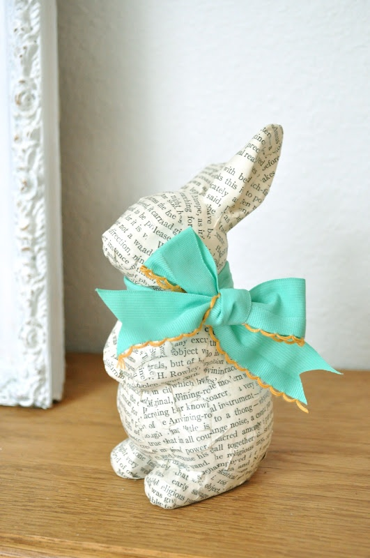 30 creative diy easter bunny decorations for Diy easter room decor
