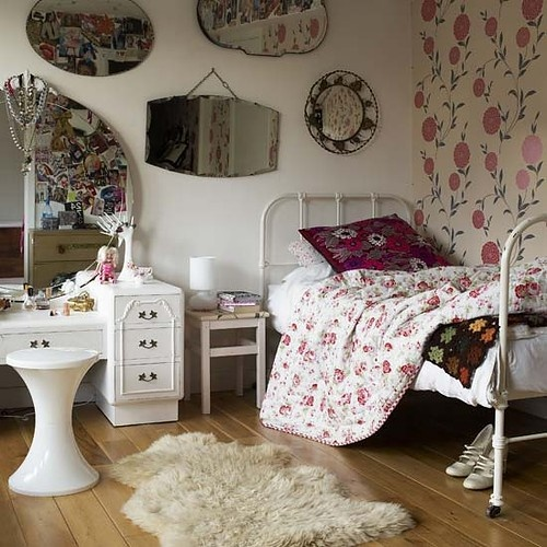 23 fabulous vintage teen girls bedroom ideas Bed designs for girls