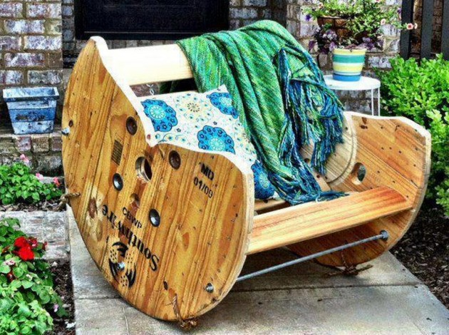 Craft Ideas For Used Pallets