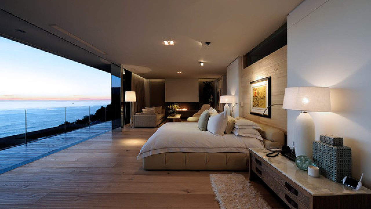 8 Outstanding Ocean View Master Bedroom Designs