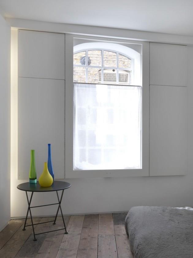 Fascinating Minimalist Loft Apartment in London