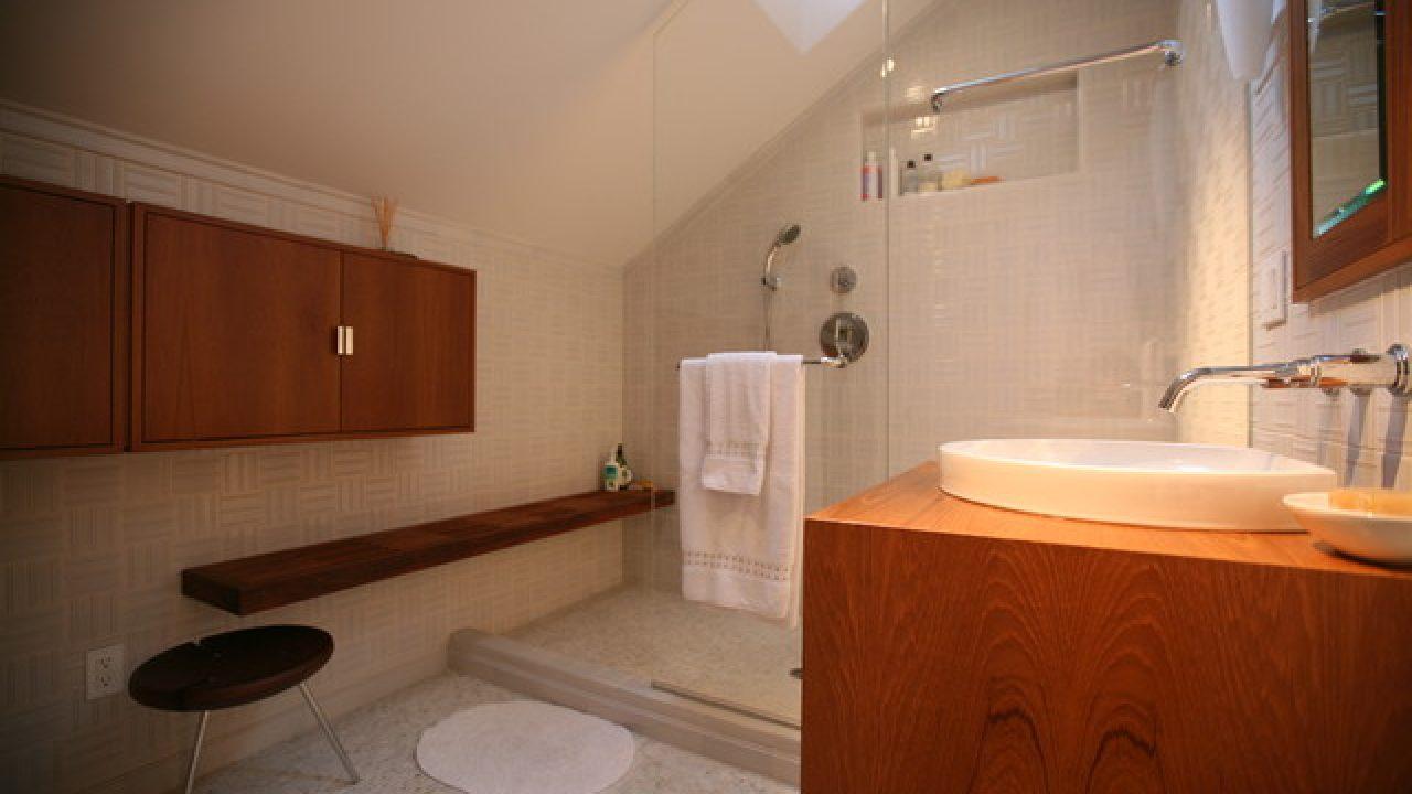 Efficient Use Of Your Attic 18 Sleek Attic Bathroom Design Ideas
