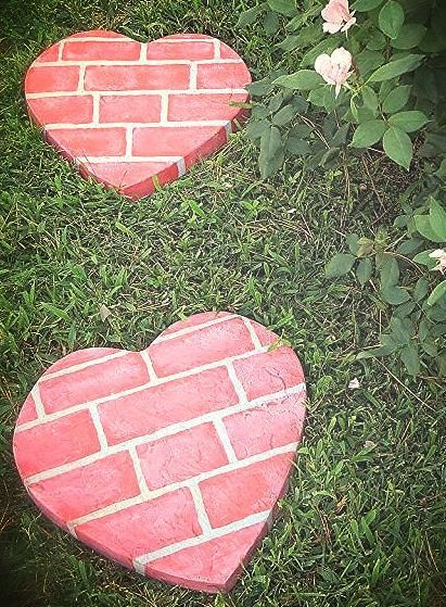 25 Amazing DIY Stepping Stone Ideas for your Garden on Stepping Stone Patio Ideas id=29121
