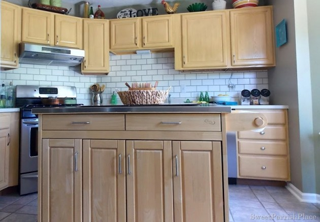 Awesome  Unique and Inexpensive DIY Kitchen Backsplash Ideas You Need To See