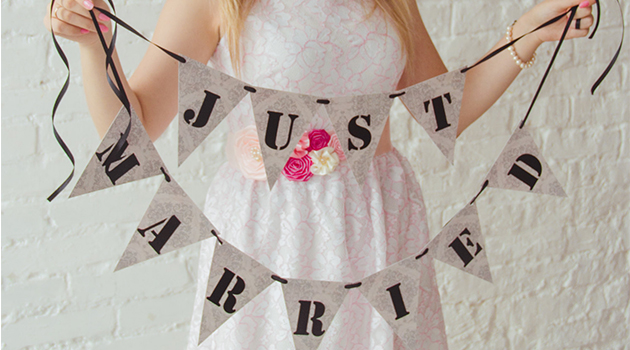 17 Lovely Handmade Wedding Garland Designs