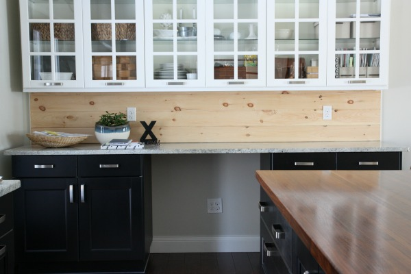 30 unique and inexpensive diy kitchen backsplash ideas you need to see natural unfinished wood can create a very contrasting backsplash 30 unique and inexpensive diy kitchen backsplash ideas solutioingenieria Choice Image