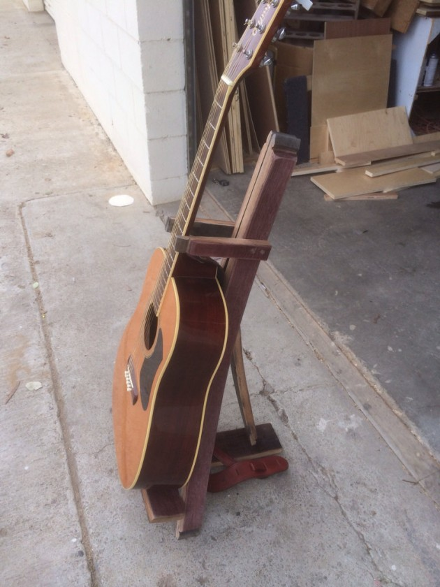 Guitar Stand Designs : Awesome recycled wine barrel diy ideas