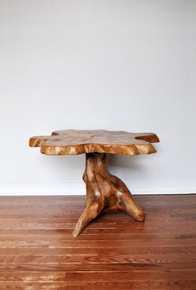 21 Timeless Vintage Table Designs