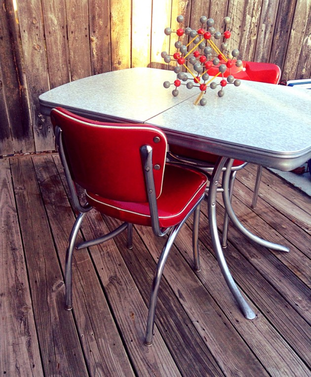 timeless vintage table designs