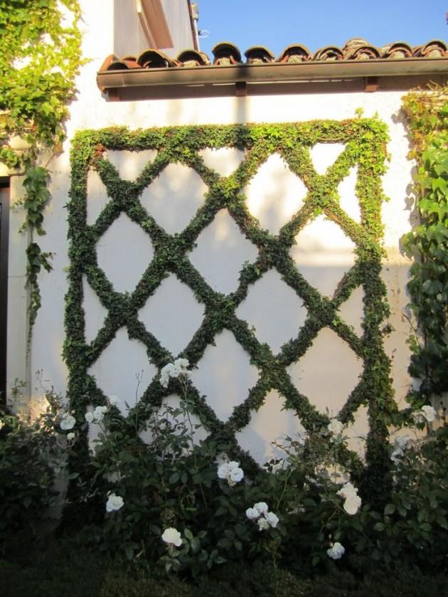 25 Incredible DIY Garden Fence Wall Art Ideas on Backyard Wall Decor Ideas id=24576