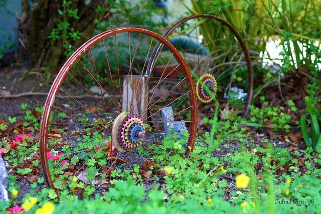 Поделки из велосипедных колес фото 98