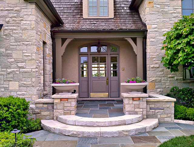 23 creative ideas of traditional outdoor front entry steps for Outdoor entryway decorating ideas