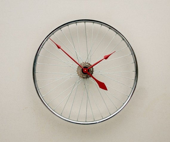 25 Incredible DIY Repurposed Bike Wheels