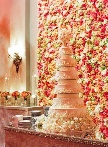 25 Marvelous Flower Walls