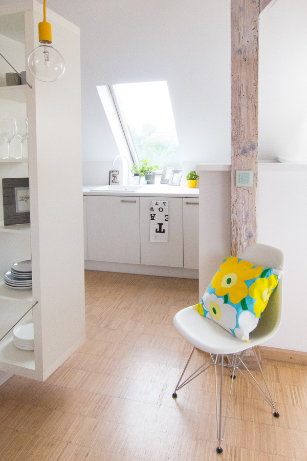 Cute attic apartment by Sabina Królikowska