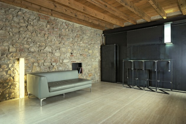 Rustic and Elegant: e+m 53 Studio in Brescia, Italy