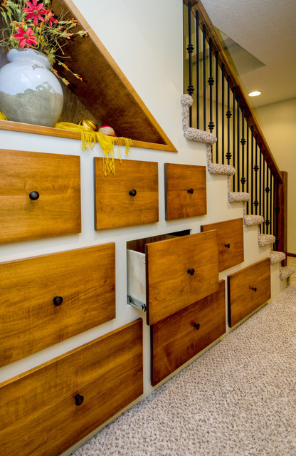 Creatively Used Every Corner of Your Home: 17 Extra Storage Ideas Under Your Staircase