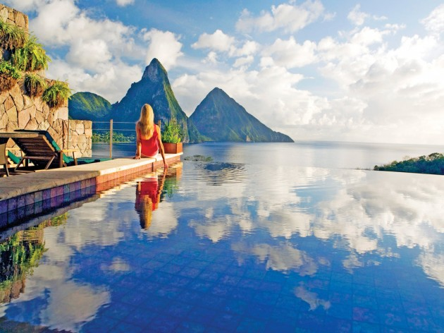 18 Astounding Infinity Pool Resorts To Fall In Love With