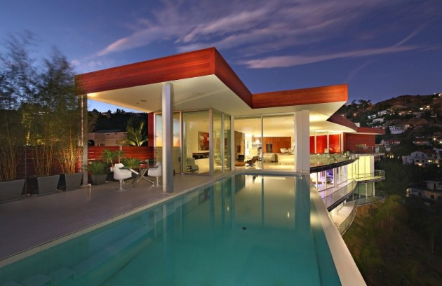 22 Astonishing Exterior Designs with Infinity Swimming Pools