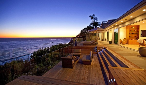 Top 12 Breathtaking Contemporary Houses with Most Amazing Views