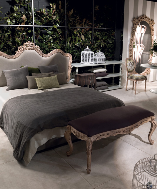 16 Glamorous Baroque Dream Bedroom Design Ideas