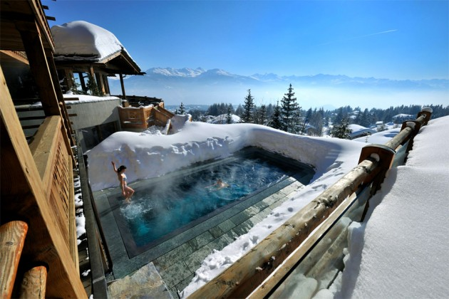 16 Of The Worlds Most Awesome Swimming Pools