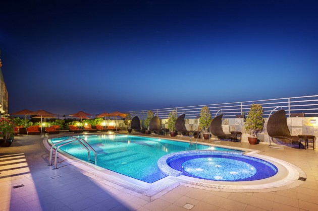 Top 16 The Most Awesome Swimming Pools In The World- You Just Can't Resist Them