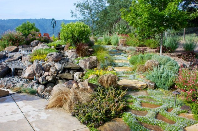 14 outstanding landscaping ideas for your dream backyard - Ideas for hillside landscape ...