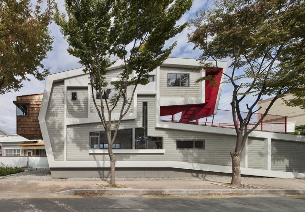 Roll House by Moon Hoon in South Korea