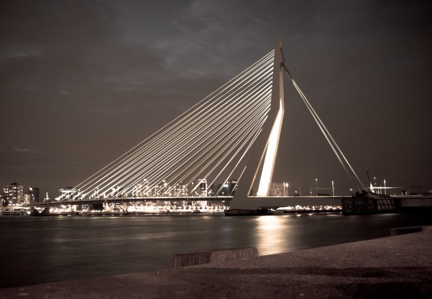 10 Extraordinary Bridges You Must Cross