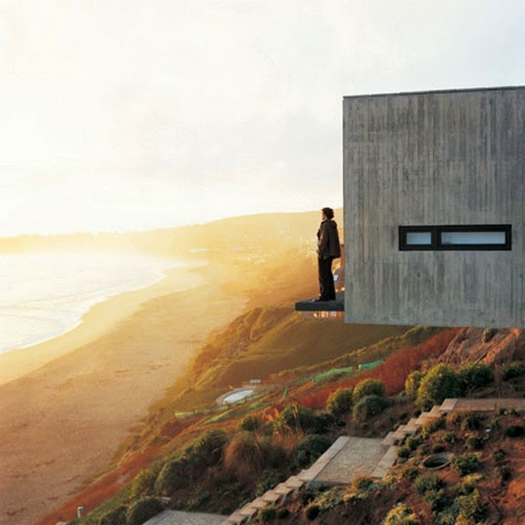 10 Fearsome Cliff-side Houses With Amazing Views
