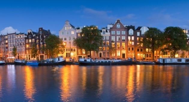 Extravagant European Metropolises That Must Be Seen At Night