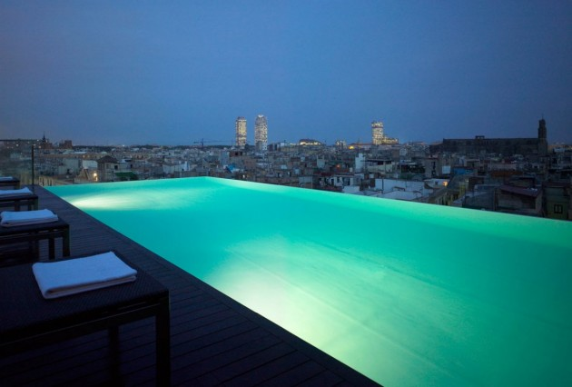 10 Most Amazing Rooftop Pools That You Must Jump In at Least Once
