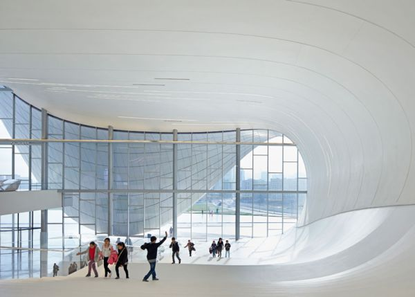 Top 5 Exceptional Architectural Masterpieces by Zaha Hadid