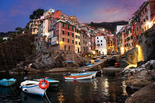 15 Picturesque Village Photos From Around The World