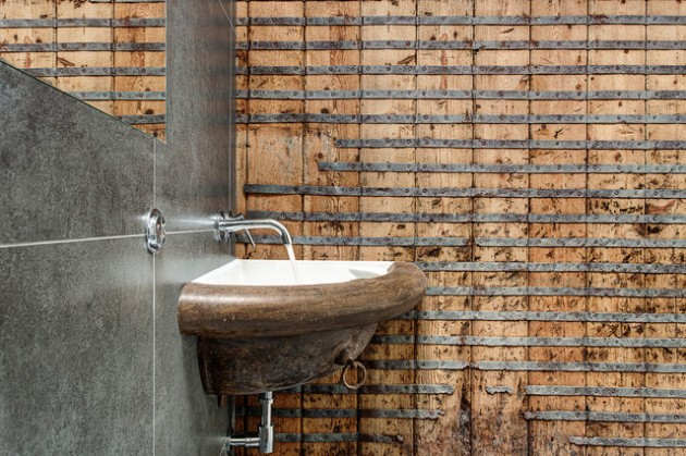 The Beauty of the Interiors with Reclaimed Wood