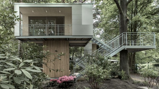 10 Amazing House Designs with More Amazing Nature Surroundings
