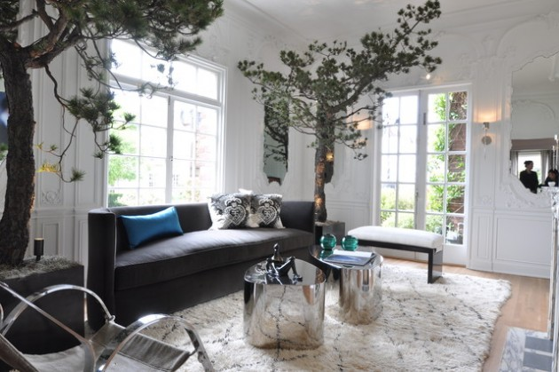 18 Beautiful Living Rooms with Stunning Coffee Tables