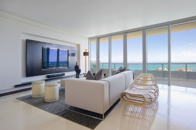 Modern Living Room In Miami