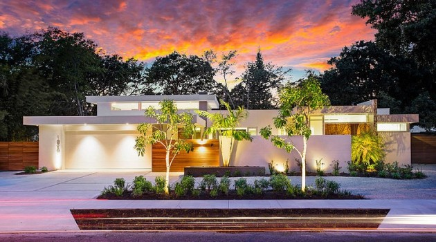 15 Outstanding Contemporary Houses That You'll Want To Live In