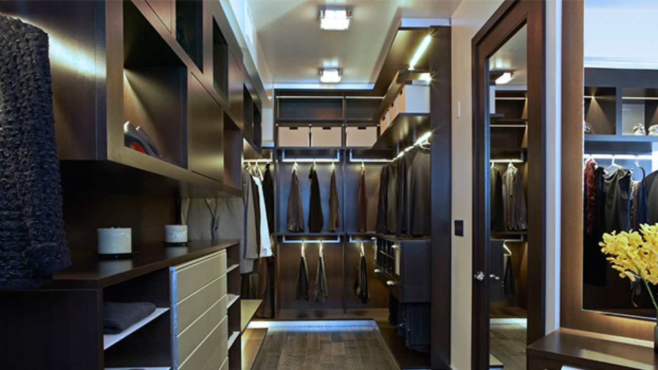 15 Elegant Luxury Walk In Closet Ideas To Store Your Clothes