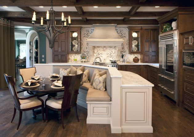 15 Heartwarming Traditional Kitchen Designs You Can Apply To Any Home