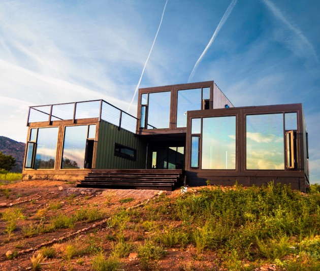 15 Unusual Residences With Industrial Exterior Designs