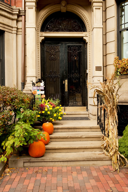 Inspiring Ideas How To Decorate Your Porch This Fall