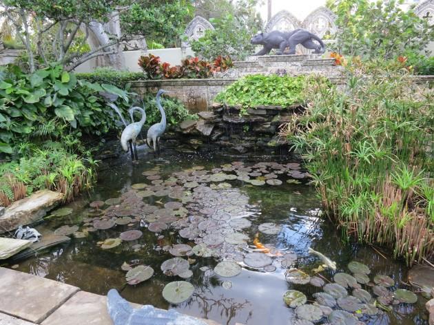 How To Create a Japanese-Inspired Zen Garden