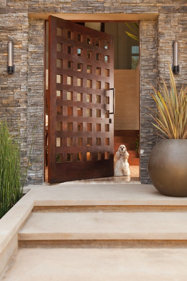 15 Inviting Rustic Entry Designs For This Winter